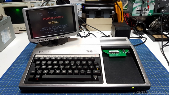 Robotron 2084 (TI-99-4a) - Cartridge by Fabrizio Corpetti [FACELE.EU]