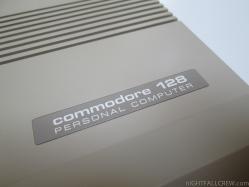 Commodore 128 (close-up)