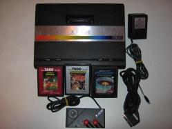 Atari 7800 Peritel + AC Adaptor + Cartridges