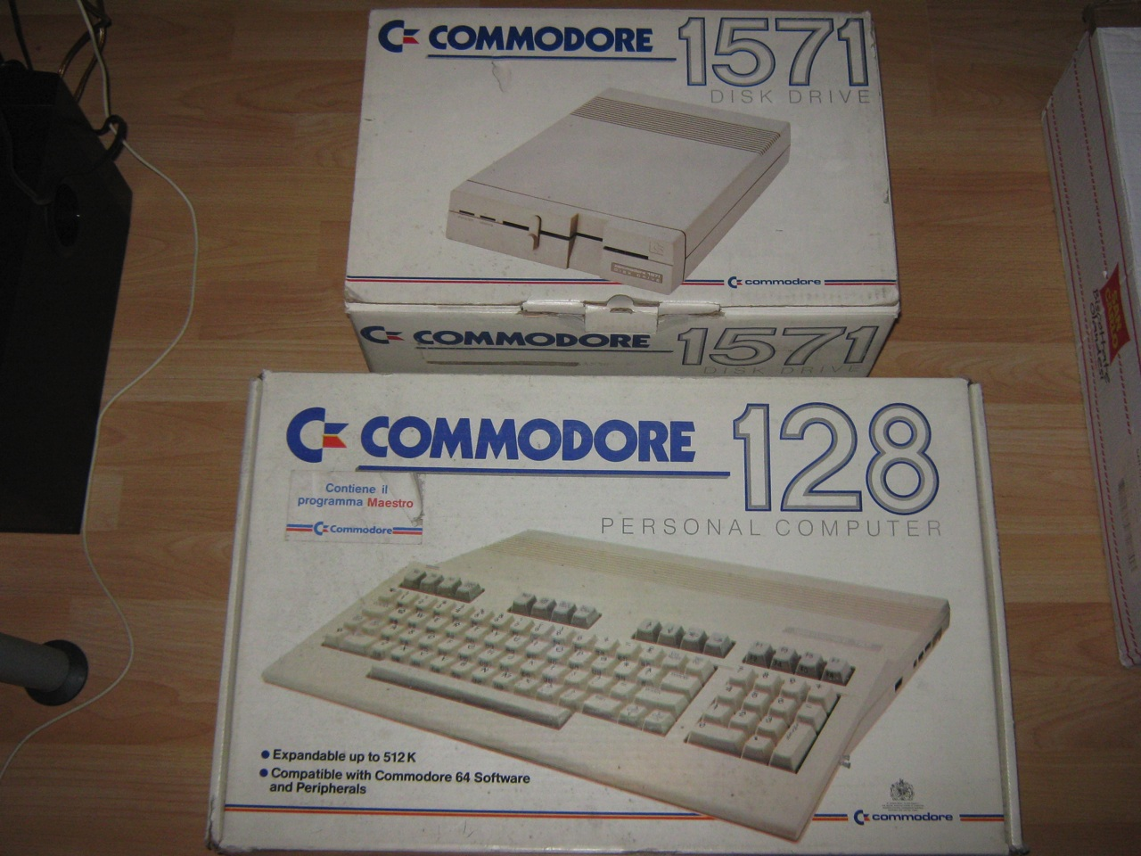 New donations – C128 / C1571 / CD32 Games / Snes RGB Cable